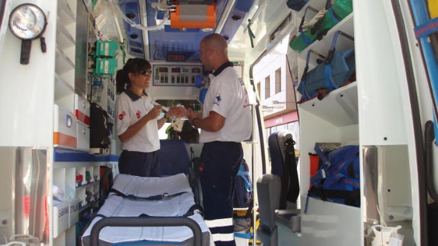 Un mecánico sufre un accidente en un taller de Arrecife