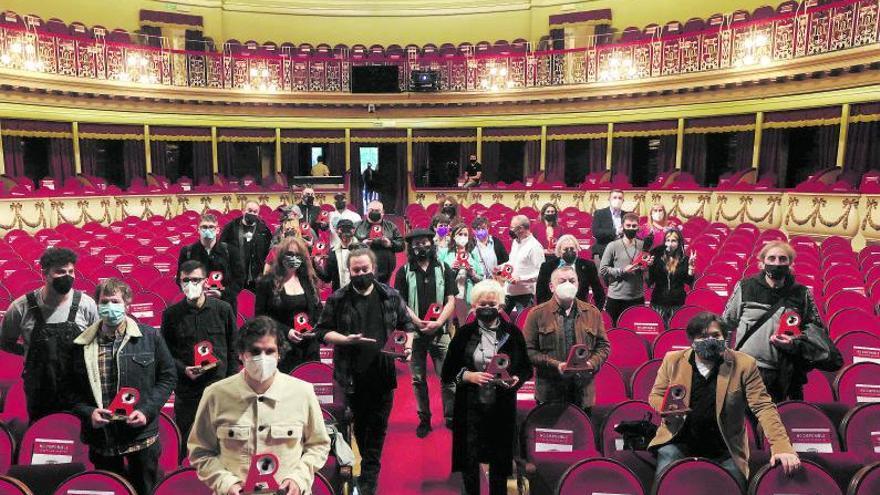 """Terapia de grupo de los músicos en los premios AMAS: """"Sin música no hay vida"""""""