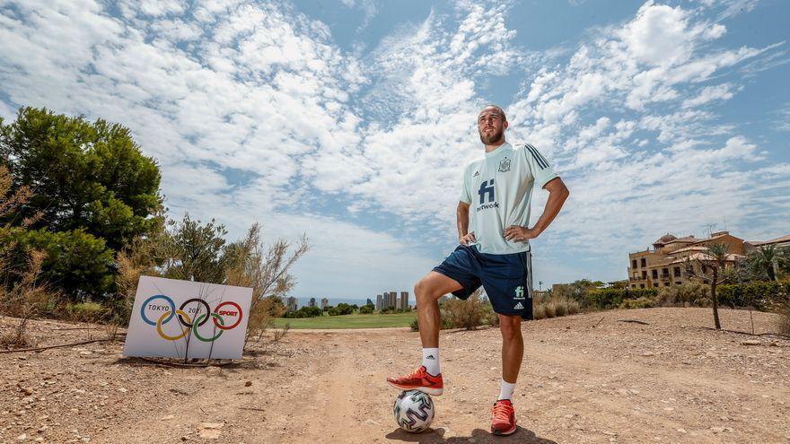 """Óscar Mingueza: """"Tenemos equipo para ganar el oro"""""""