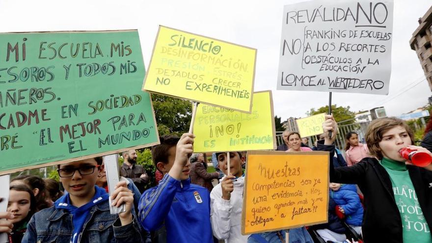 """Familias del Fozaneldi """"indignadas"""" con el uso """"partidista""""  de David Medina (PP), que les acusó de adoctrinamiento"""