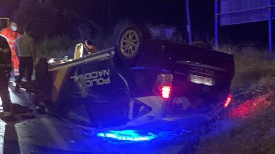 Herido grave un policía en Cádiz tras ser embestido por un coche al que interceptaba