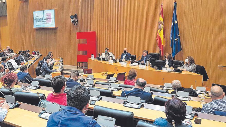 La España despoblada pide pagar menos impuestos que el resto