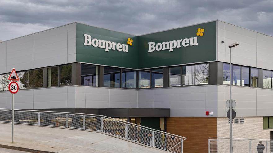 Els millors productes frescos i de Km0 els trobaràs al nou supermercat Bonpreu de Banyoles