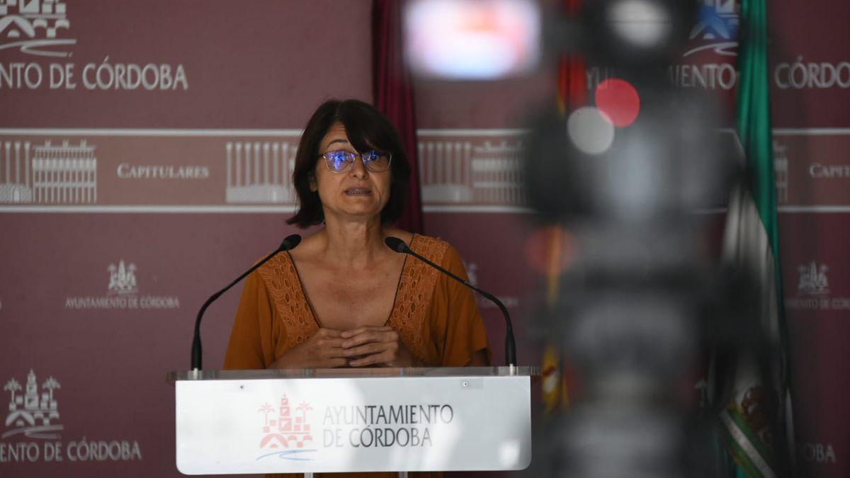 La concejala de IU Amparo Pernichi.