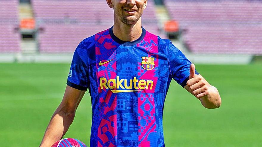 Luuk de Jong: «Koeman em volia perquè encaixo al Barça»