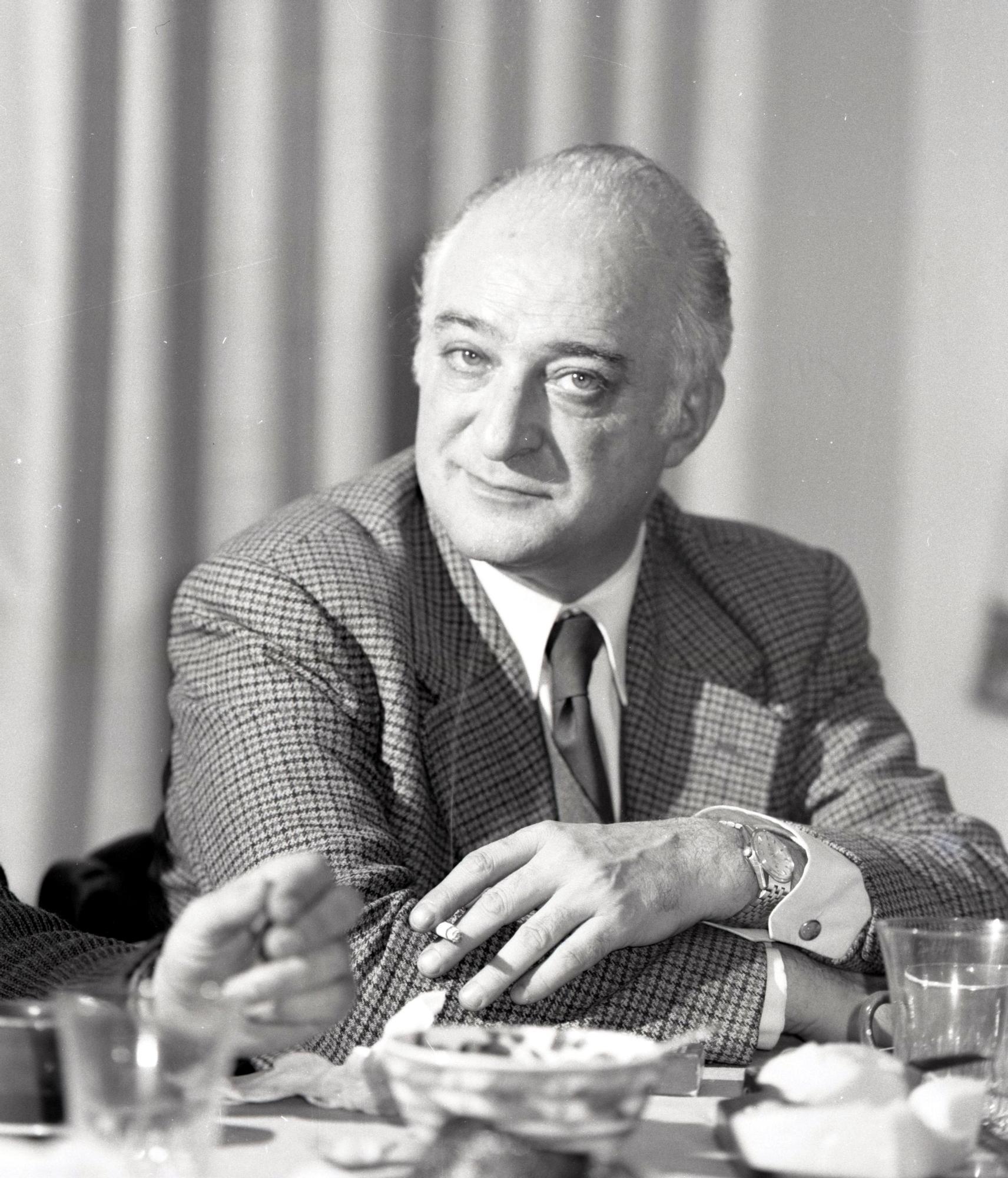 Francisco Vizoso, catedr�tico de Lat�n en el Instituto Jovellanos, h. 1970.jpg