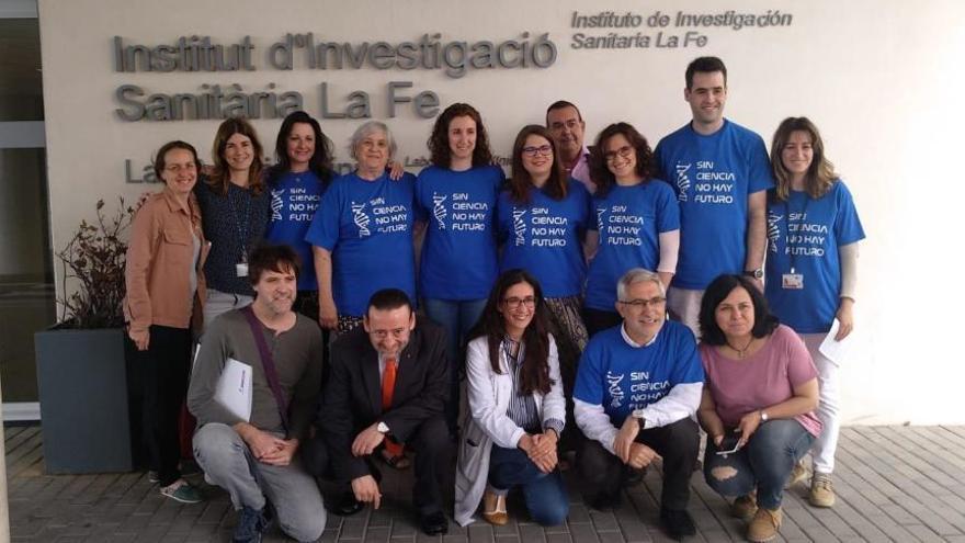María Garzon de Actúa y Gaspar Llamazares se reúnen con miembros del comité de empresa del IIS LA FE de Valencia