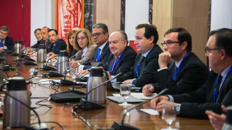 Fepeval lleva al Congreso la ley valenciana de polígonos para extenderla a nivel nacional