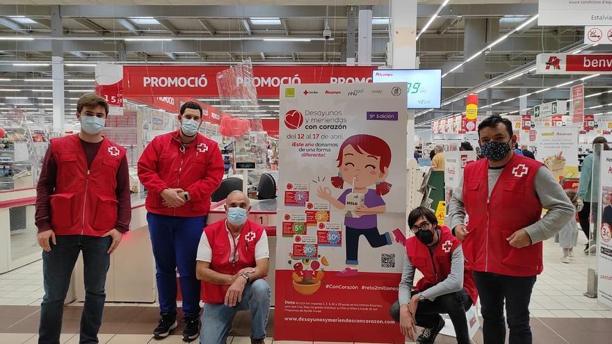 Alcampo y Cruz Roja recaudan 1.815 euros en una semana en una campaña solidaria
