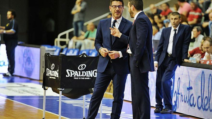 Katsikaris e Ibon Navarro examinan las aspiraciones del UCAM Murcia