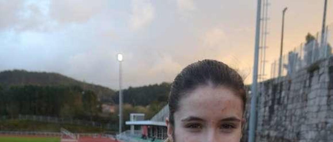 Raquel Meaños, en las pistas de Vilagarcía . // Noé Parga