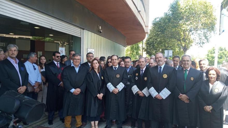 Jueces, fiscales, abogados y procuradores claman por unos juzgados dignos