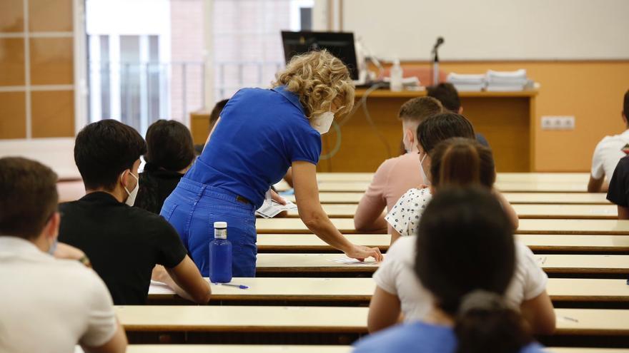 972 estudiantes se matriculan en Córdoba en la convocatoria extraordinaria de julio de la Pevau