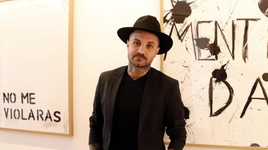 Abel Azcona critica la manca de drets humans en una nova exposició a Sant Fruitós