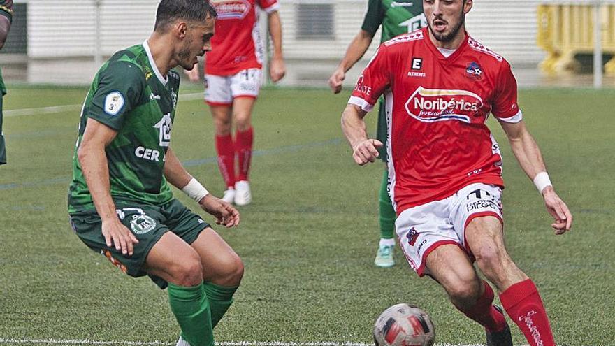 El Estradense, de ser líder a quinto por un gol encajado en el descuento