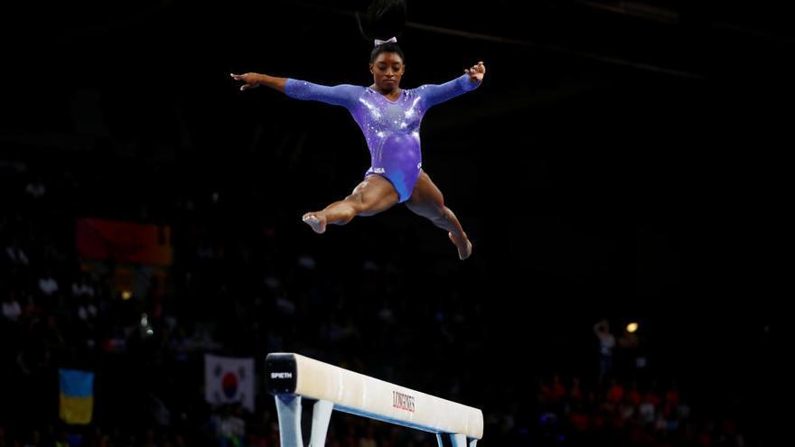 Biles se reafirma como la mejor gimnasta de la historia
