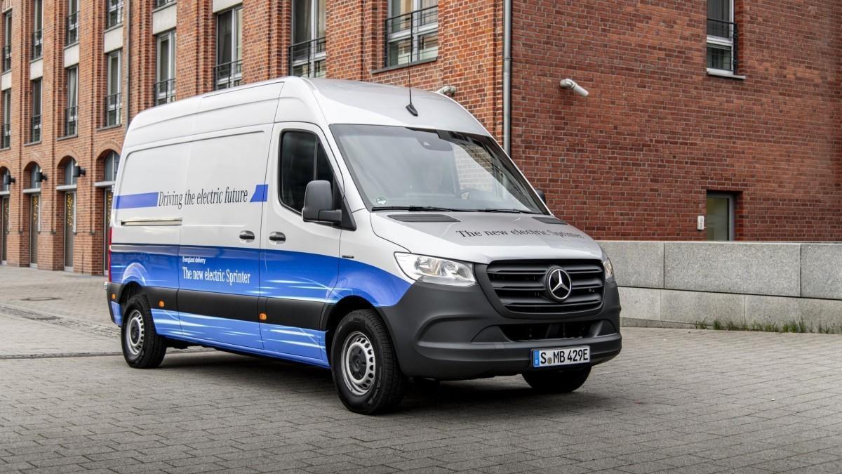 La Mercedes-Benz eSprinter 2020 llega a España desde 53.050 euros o 499 euros al mes