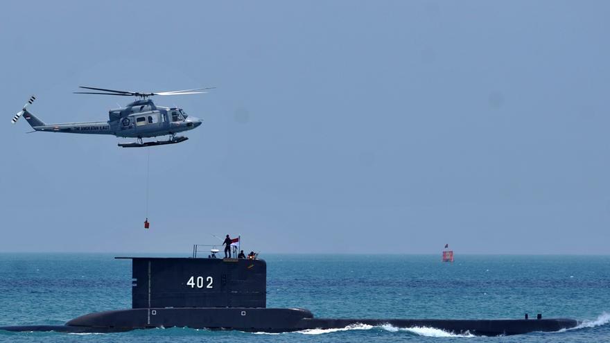 Indonesia halla el submarino desaparecido y da por muertos a sus 53 tripulantes