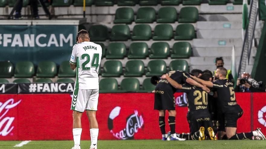 A la espera que Huesca y Valladolid no ganen para seguir con vida