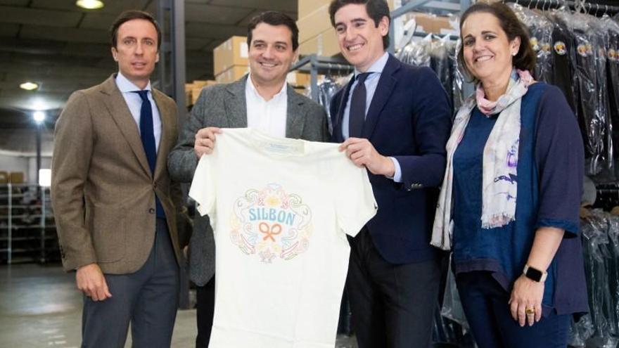 """Bellido destaca el """"gran crecimiento y la generación de empleo"""" de Silbon en su décimo aniversario"""