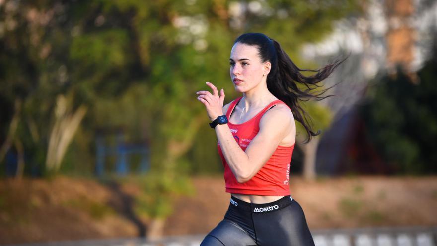Carmen Avilés luchará por una plaza olímpica en el Mundial de relevos