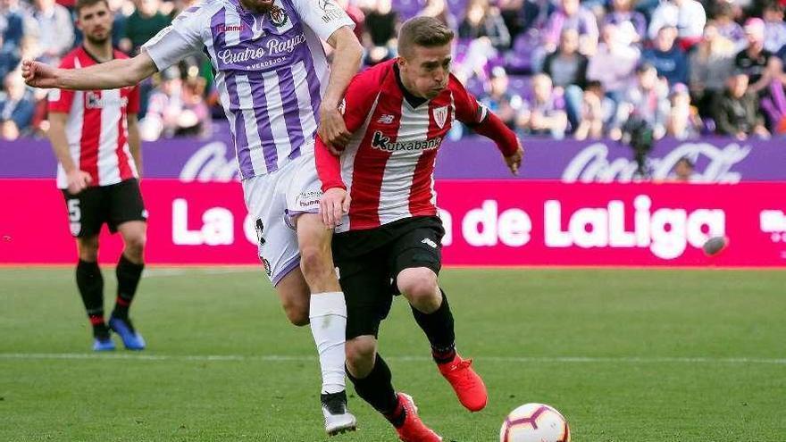 El Valladolid sale a respirar y ahoga al Rayo