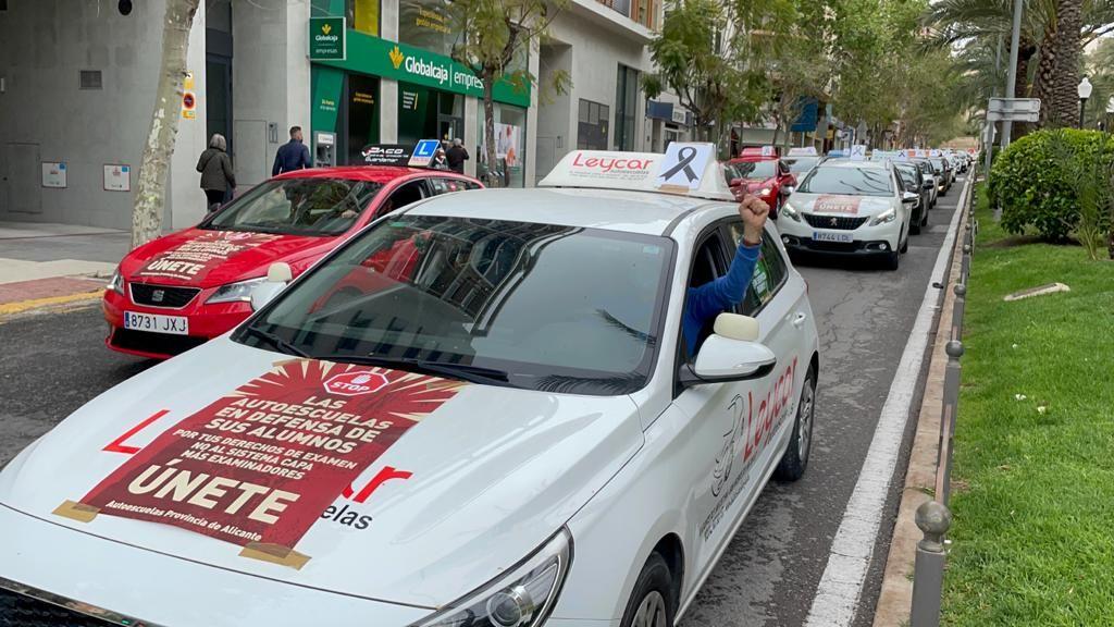 Protesta de las autoescuelas