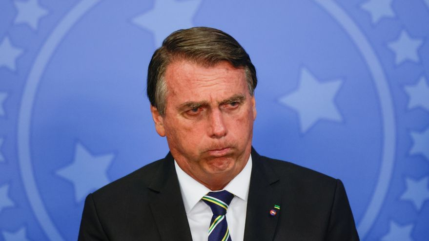 Bolsonaro acusado de crímenes contra la humanidad