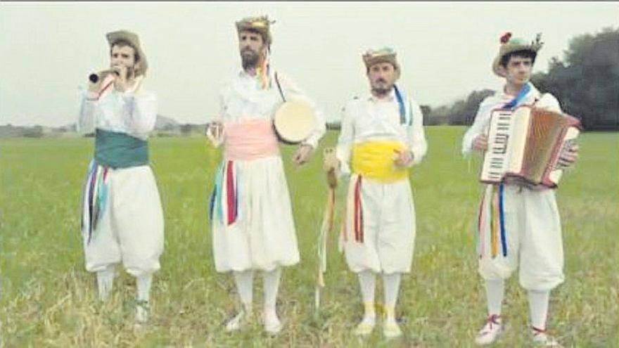 Cossiers en el nuevo videoclip de Manel