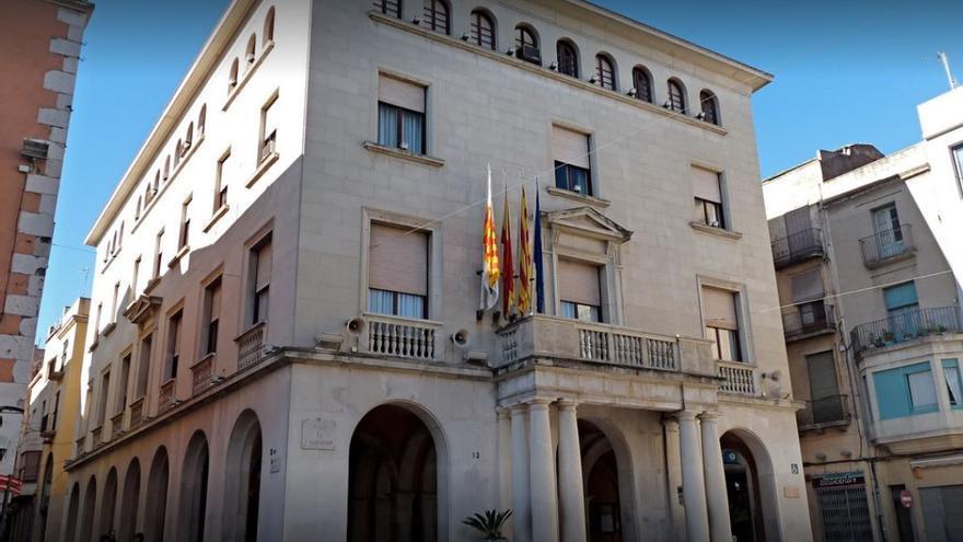 L'Ajuntament de Figueres obre nou borses de treball i contracta una seixantena de persones