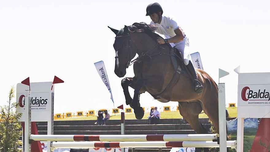 Enara Cid gana la prueba grande en la primera jornada de Luanco