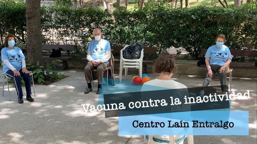 El centro Laín Entralgo ofrece actividades a sus mayores para paliar los efectos de la pandemia