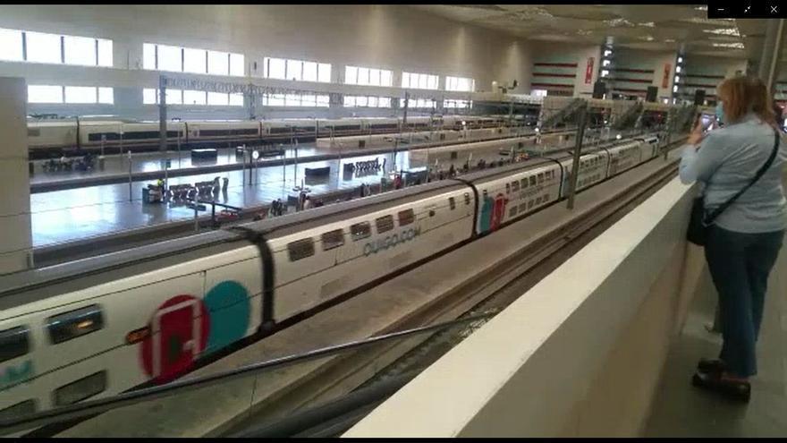 Llegada del primer tren Ouigo a Zaragoza