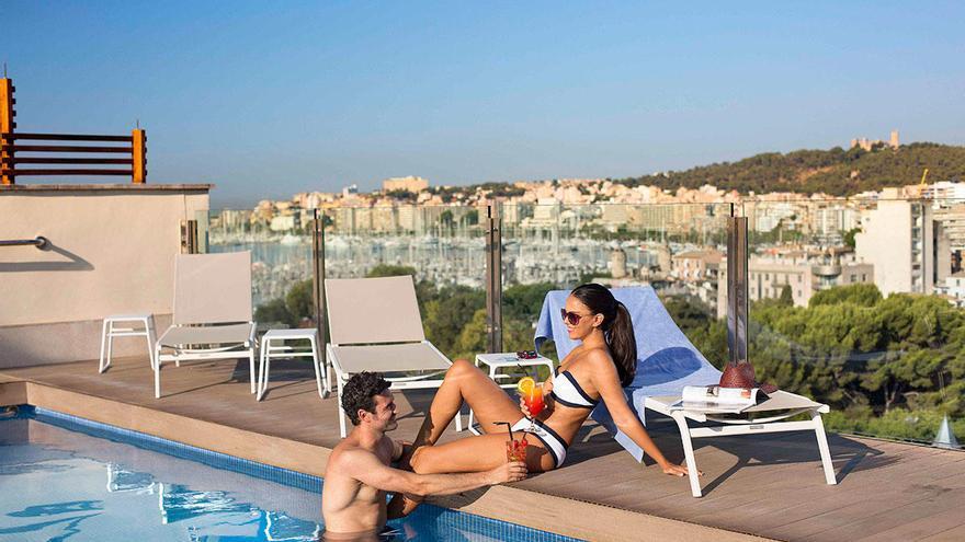 Hotel Saratoga, veladas y vistas únicas en una terraza referente de Palma de Mallorca