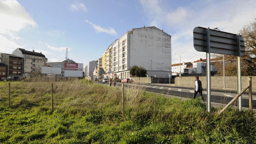 A Estrada otorga licencia para tres locales comerciales en planta baja en A Baiuca