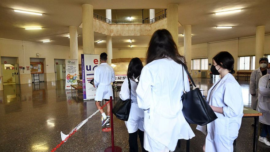 El año de la covid dispara la demanda para estudiar Medicina y Enfermería en la UMU un 34%