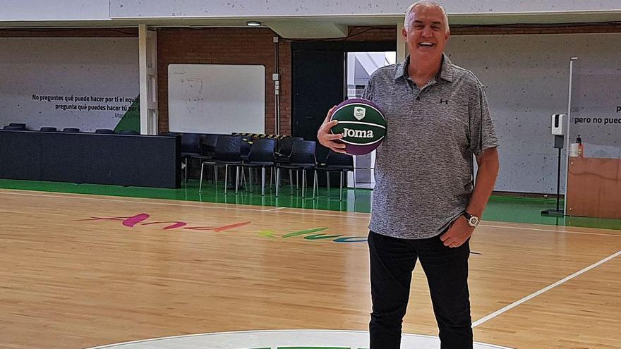 Scariolo, Maljkovic e Imbroda coinciden: «Manolo Rubia nunca se irá del baloncesto»