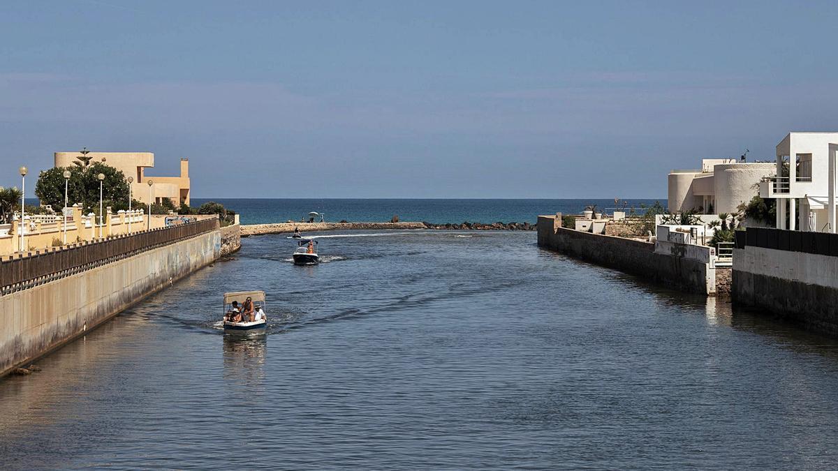 Entorno de la gola de Marchamalo en el Mar Menor  | LOYOLA PÉREZ DE VILLEGAS