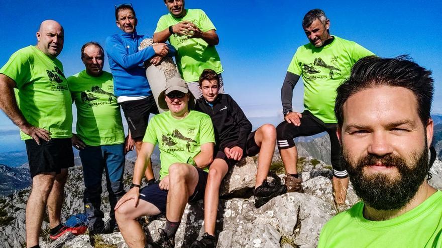 Más de un centenar de participantes en la Simultánea de Cumbres del Grupo de Montaña Peña Santa