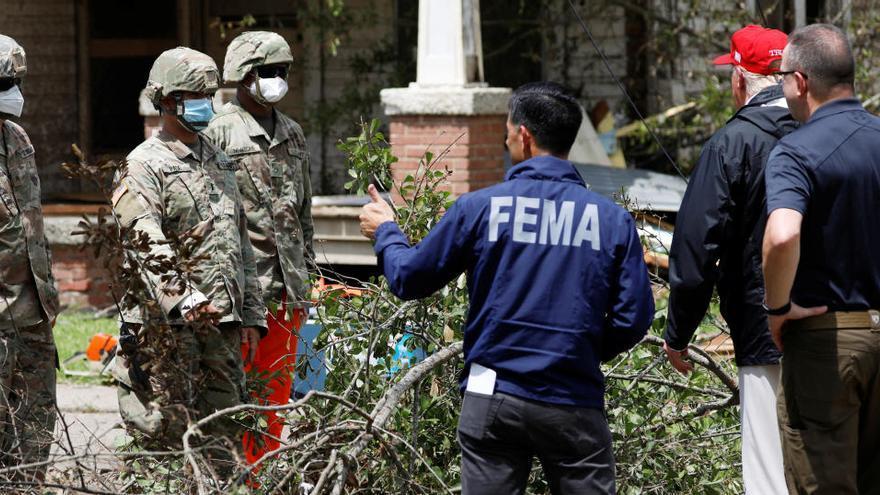 Al menos 15 muertos tras el paso del huracán Laura por EEUU