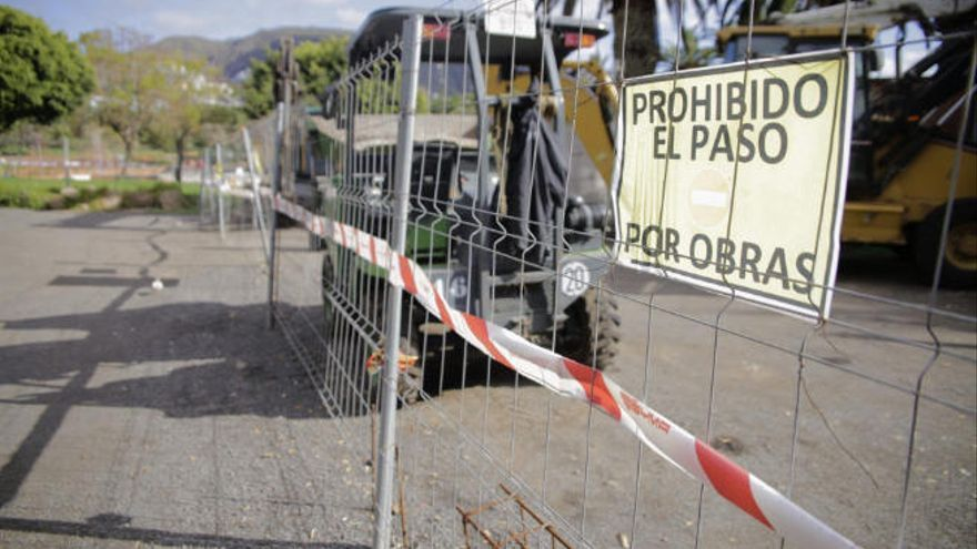 La falta de material obliga a posponer los trabajos en el parque La Granja