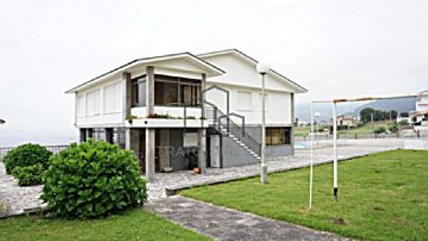 400.000 € Venta de casa en Coruxo, Oia, Saiáns (Vigo), 5 habitaciones, 4 baños...