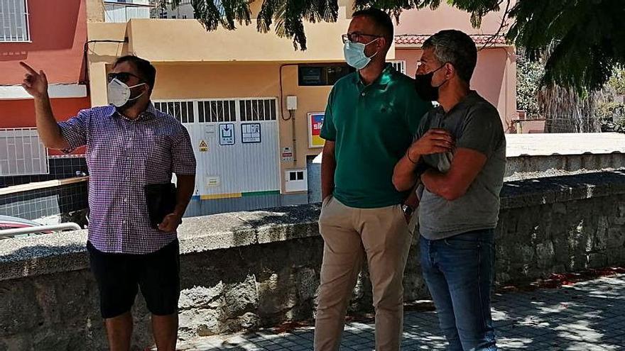 Empiezan los trabajos de rehabilitación de las plazas de El Rosarito y El Draguillo