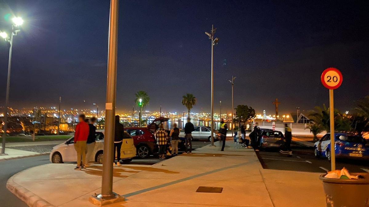 Intervención de la Policía Local de Las Palmas de Gran Canaria en un punto de la capital insular