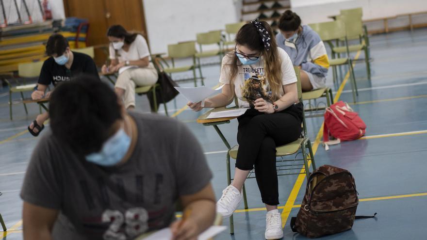Los aprobados subieron hasta diez puntos en el primer año de pandemia