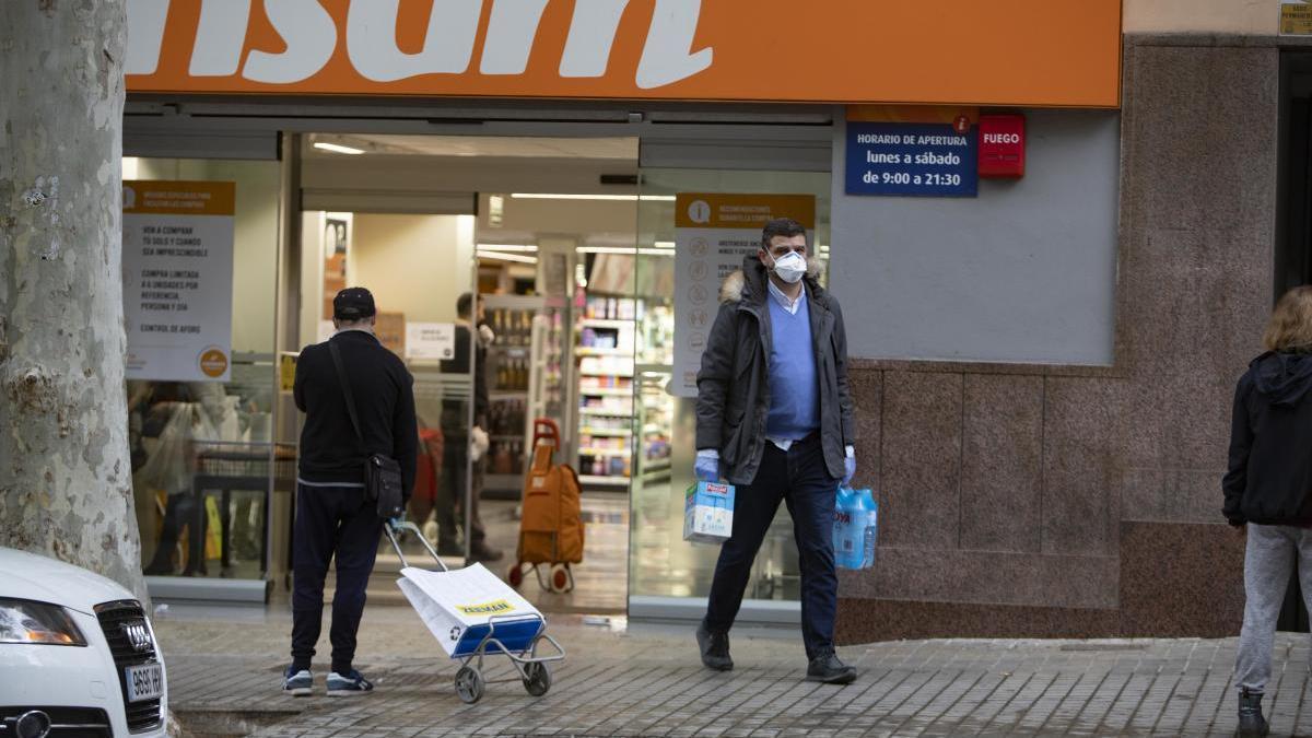 Los supermercados no abrirán en domingo esta Semana Santa
