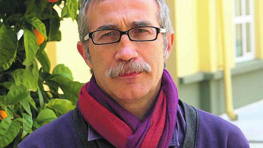 Joan Carles March: «Hay que volver a hacer rastreos y muchos más test»