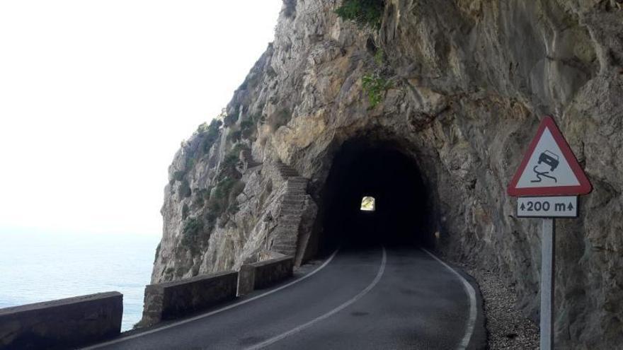El Consell inicia las obras de iluminación del túnel de Formentor
