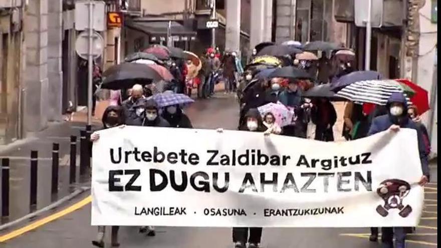 Vecinos afectados por el derrumbe de Zaldibar recuerdan a los fallecidos y piden responsabilidades