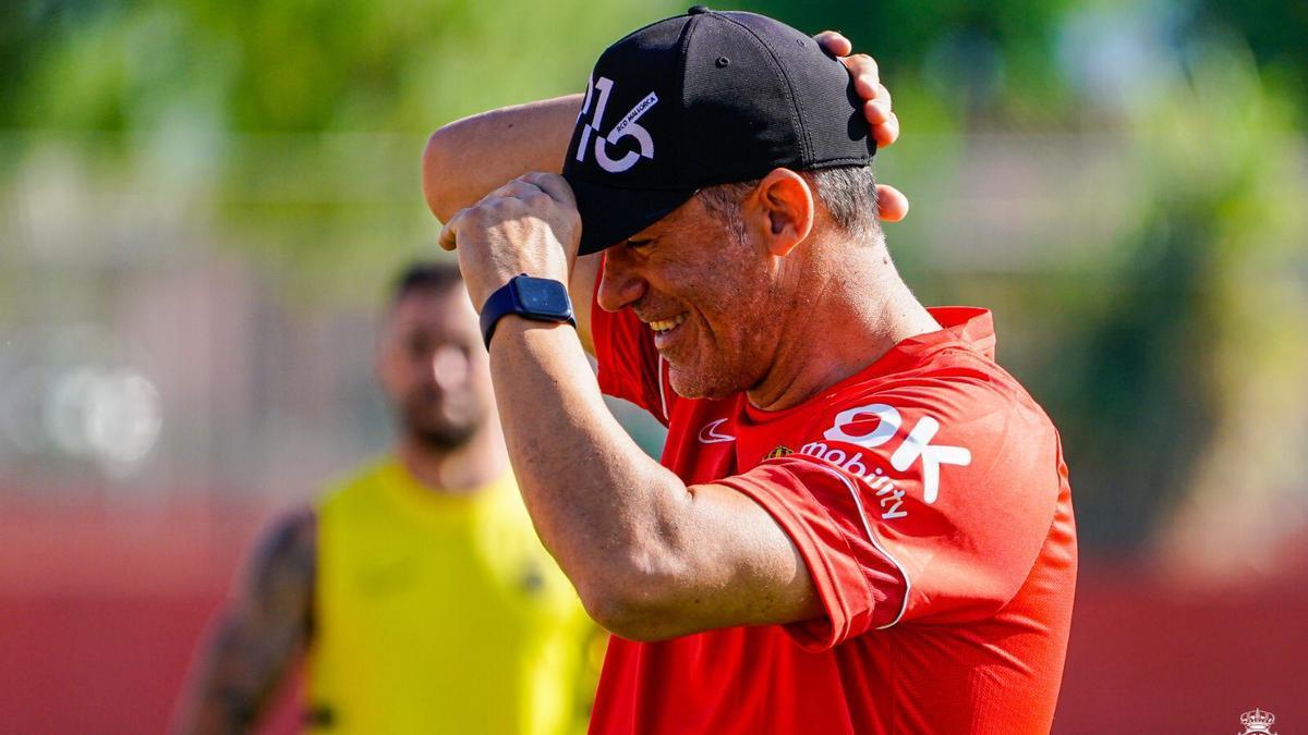 Luis García, durante un entrenamiento en Son Bibiloni.